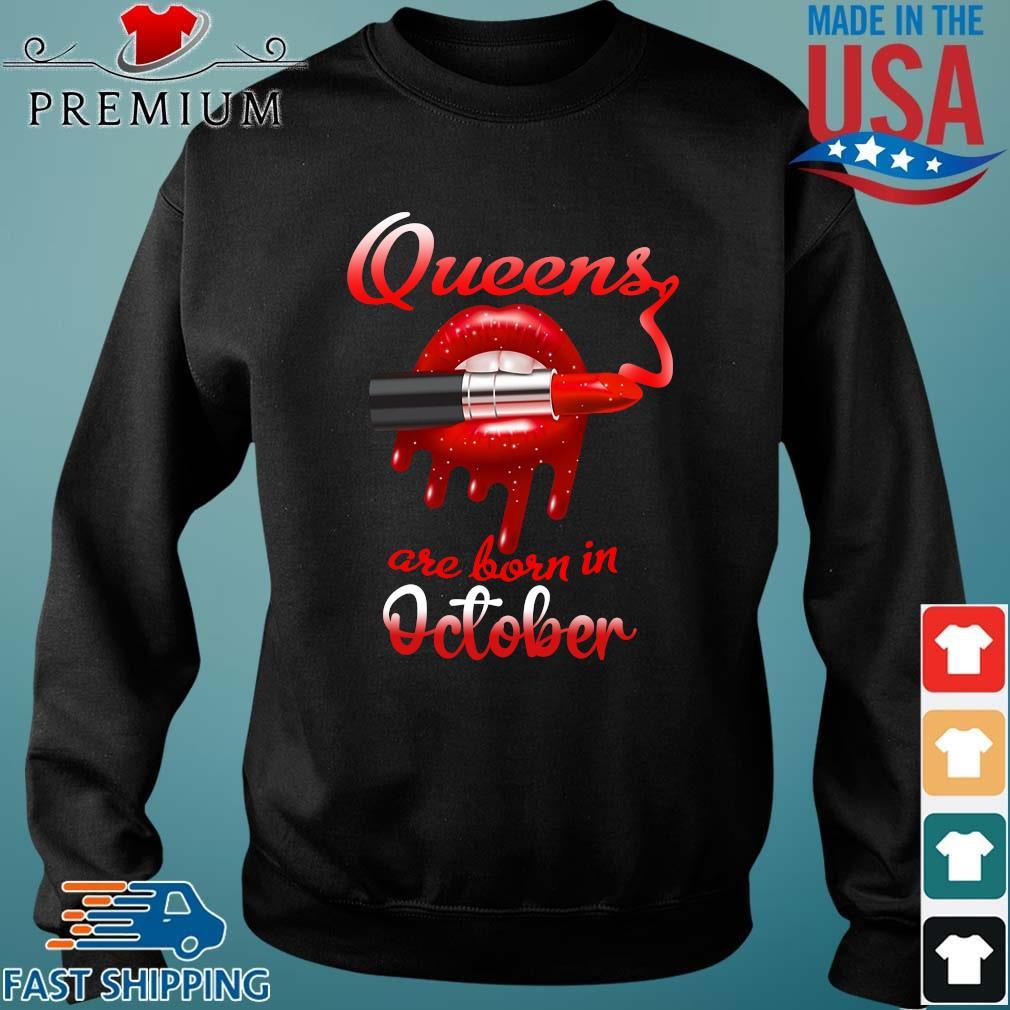 Lips Queens are born in October Sweater den