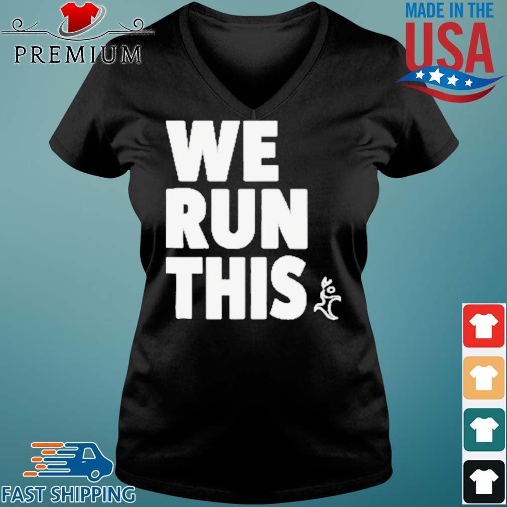 Runners Heel We Run This Shirt Vneck den