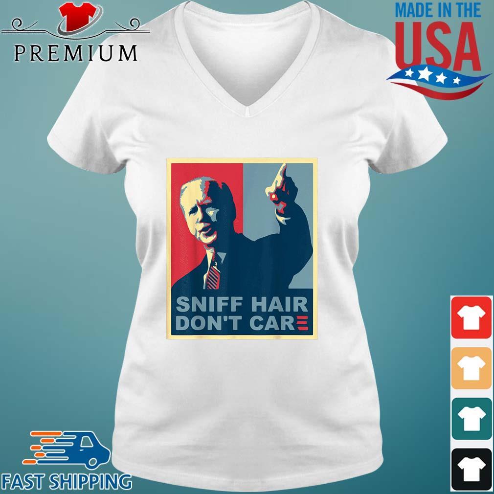 Sniff hair don't care Joe Biden s Vneck trang